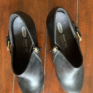 Dr. Scholl's Shoes - Dr. Scholl's wedges/ ankle boots.
